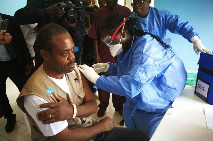 Асоціація вакцинологів: знайдено ліки від вірусу Ебола