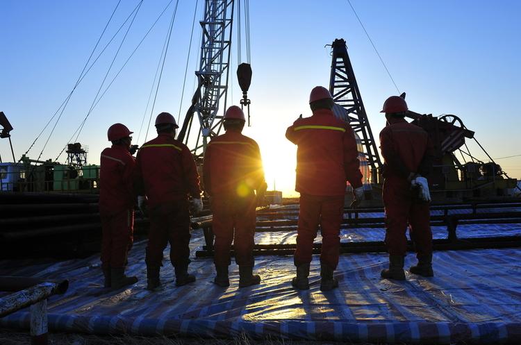 США пропонують ОПЕК збільшити видобуток нафти через високі ціни на бензин – Bloomberg