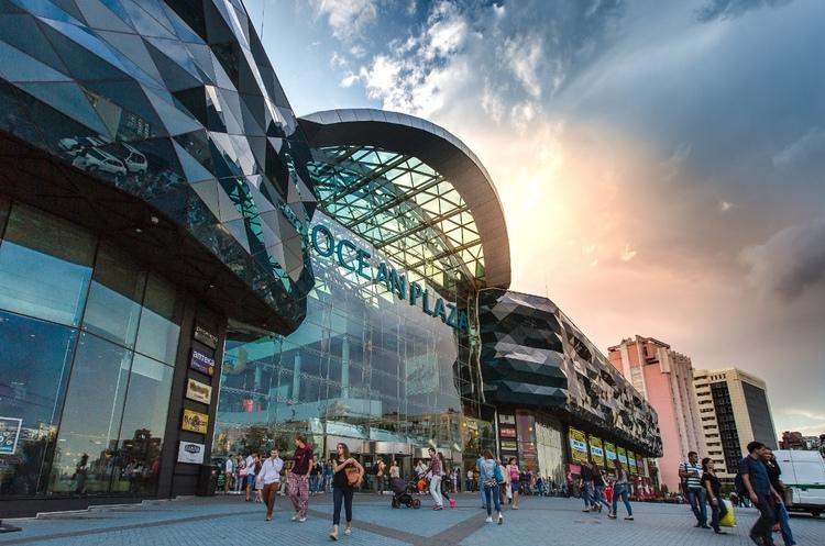 Угода року: хто й чому вирішив продати торговий центр OceanPlaza