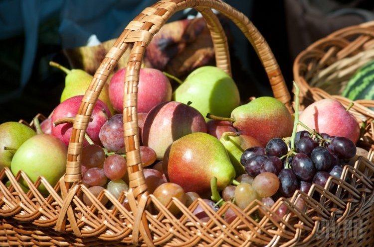 Груша vs яблуко: заробляти потрібно на грушах