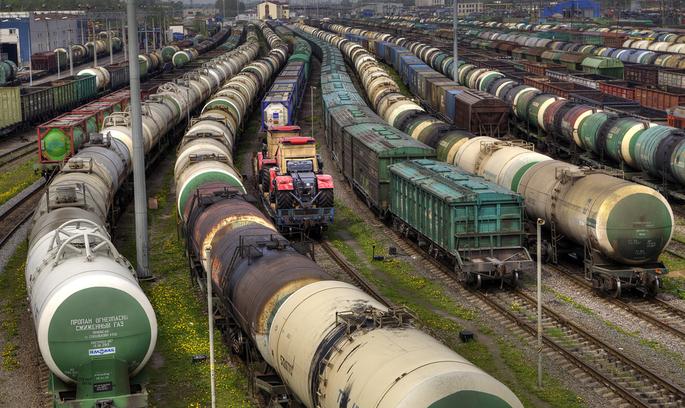 Російські вагони не зможуть здійснювати перевезення нафтопродуктів через «Укрзалізницю»