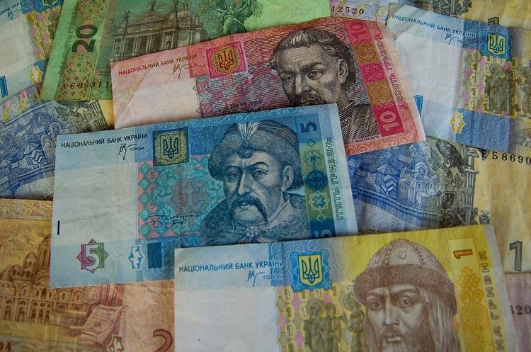 Гривня найбільше зміцнилась до долара серед світових валют – Bloomberg