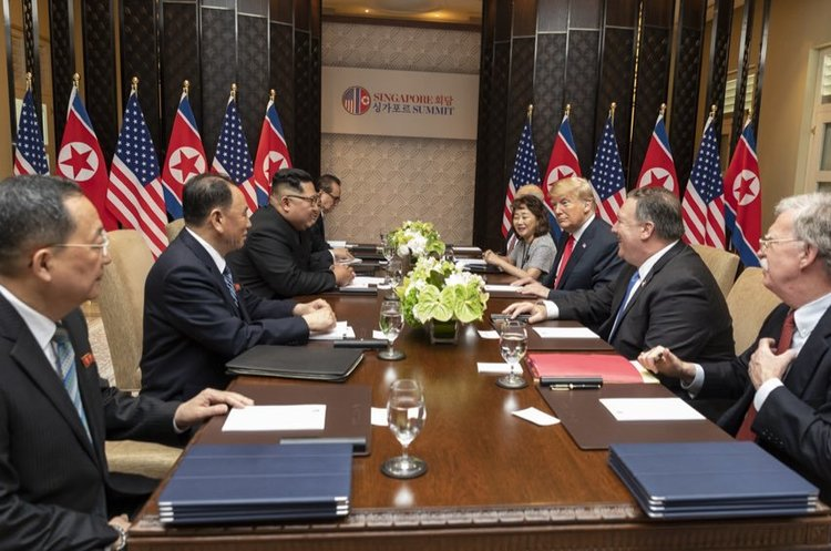 Трамп попри обіцянку продовжив санкції проти Північної Кореї
