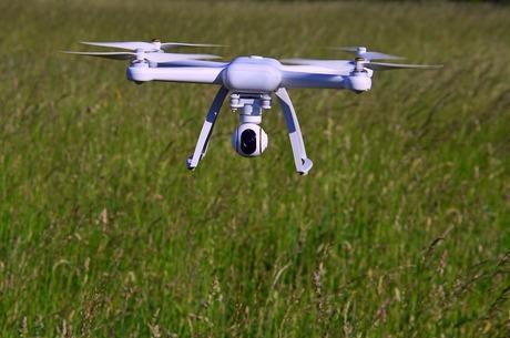 Ближче до землі: як позначаться на аграріях обмеження для дронів