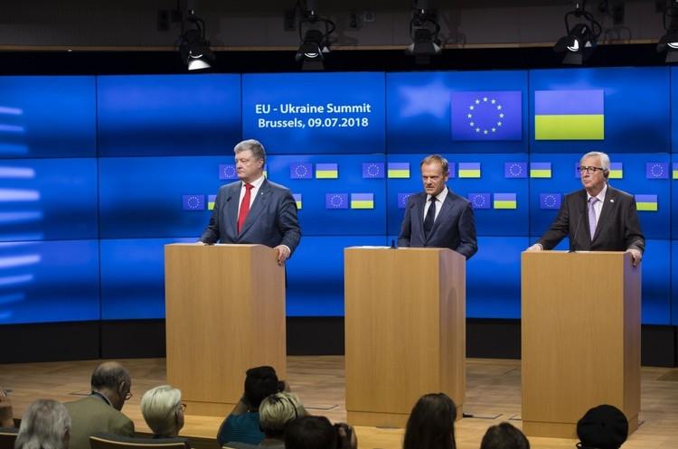 ЄС не збирається припиняти транзит газу через Україну