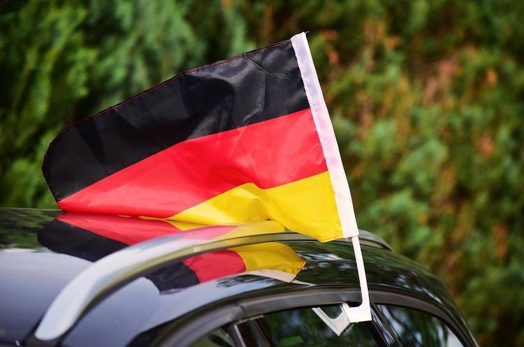 Німецьким автовиробникам, можливо, доведеться залежати від китайських постачальників