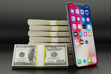 Романсы о финансах: как мобильные операторы пытаются потеснить банки