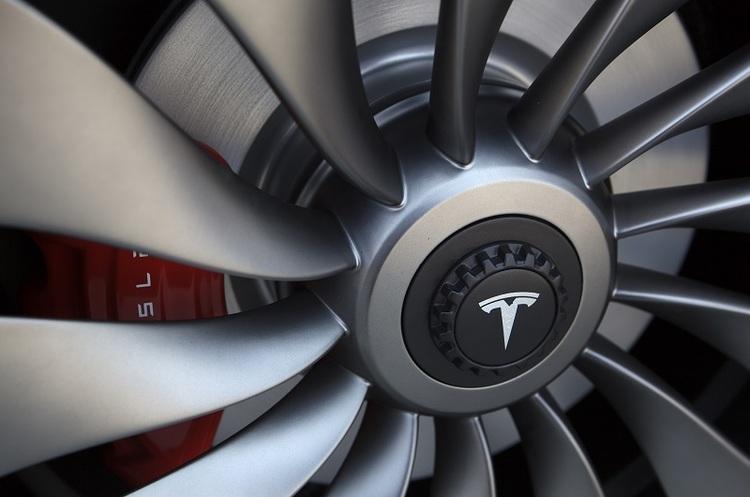 Tesla збудує в Китаї завод потужністю 500 тисяч автомобілів на рік