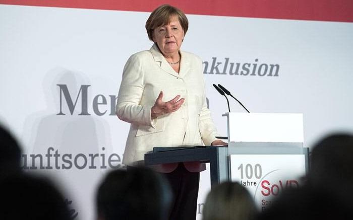 Меркель відповіла на звинувачення Трампа про те, що Німеччина енергетично залежить від Росії