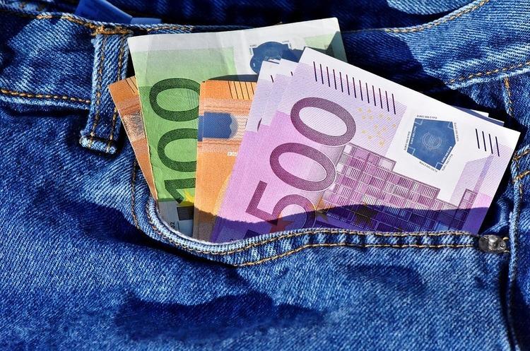 Єврокомісія оштрафувала чотирьох виробників електронної техніки на 111 млн євро