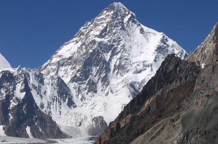 Перший пішов: польський лижник з'їхав з другої за висотою гори К2 у світі (ВІДЕО)