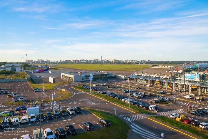 В аеропорту «Жуляни» почали розширення міжнародного терміналу