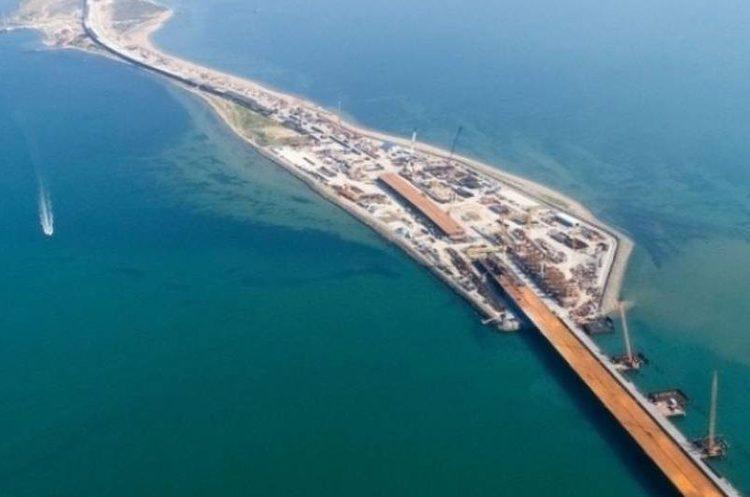 Кабмін планує запровадити санкції проти підрядників будівництва Керченського мосту