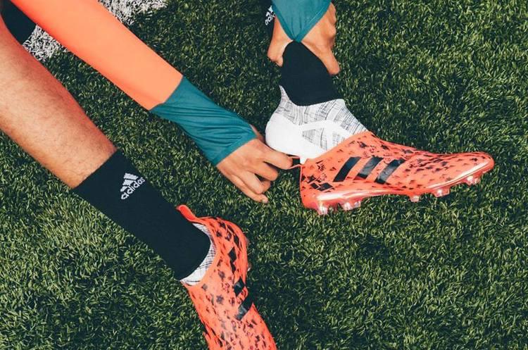 Adidas припиняє співпрацю з федерацією футболу Ірану через санкції Трампа