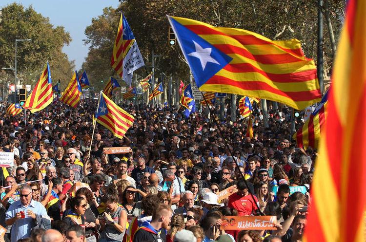 Мадрид уперше за 7 років провів переговори з владою Каталонії