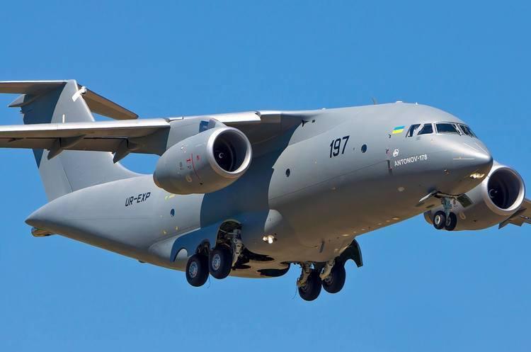 Boeing надаватиме комплектуючі та забезпечить післяпродажний сервіс літаків «Антонова»