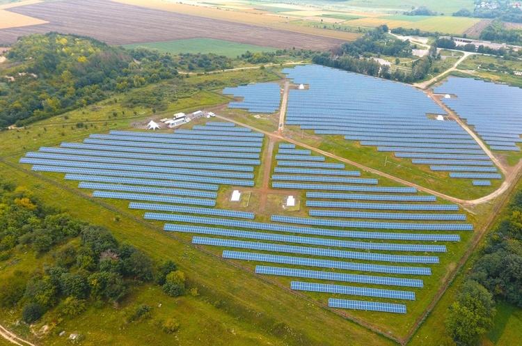 Оновлено: нову сонячну електростанцію запущено на Хмельниччині