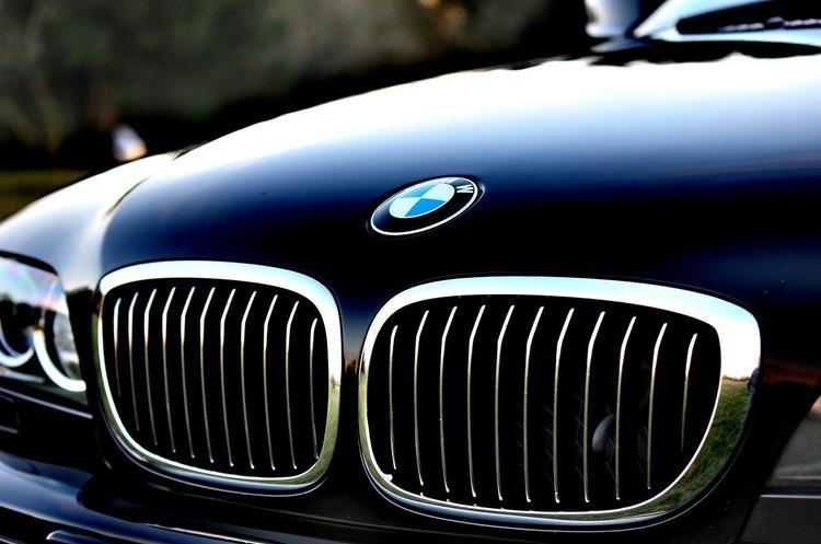 Південна Корея розпочинає розслідування щодо BMW
