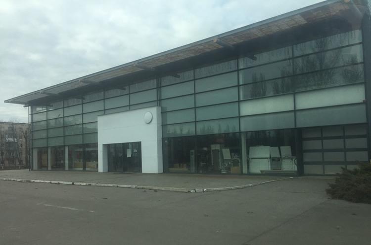 НБУ повторно виставив на продаж автосалон за 10 млн грн