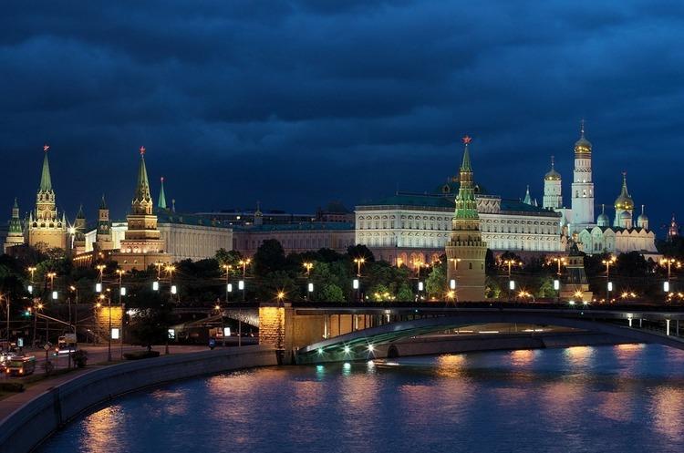 У відповідь на санкції США Росія погрожує обмежити поставки ракетних двигунів до Сполучених Штатів