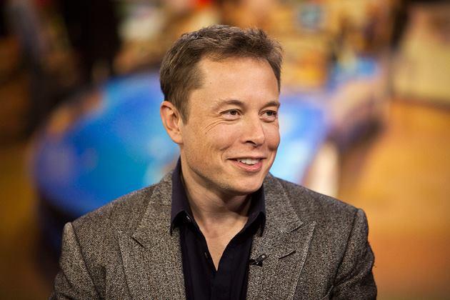 На Маска подали до суду через твіт про приватизацію Tesla
