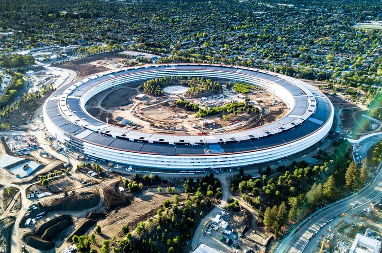 Apple оцінила свій кампус Apple Park в $200, щоб уникнути сплати податків