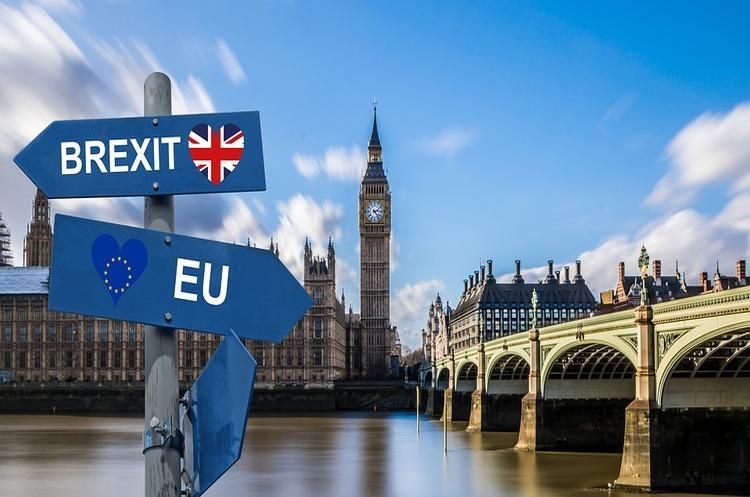 Британський мультимільйонер пожертвував 1 млрд фунтів на повторний референдум щодо Brexit