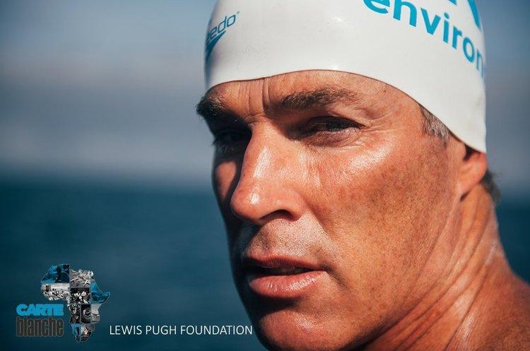 Спортсмен за 49 днів проплив весь Ла-Манш, щоб привернути увагу до забруднення океану