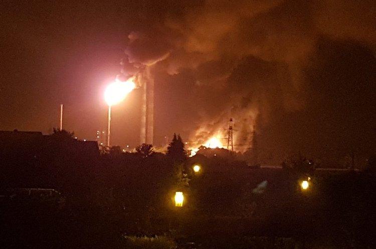 У Баварії внаслідок вибуху сталася пожежа на нафтопереробному заводі