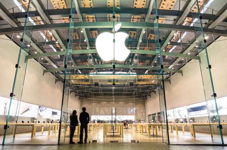 Тестовий безпілотний автомобіль Apple потрапив у першу аварію