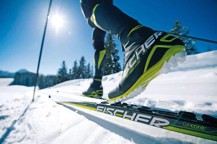 Україна стала лідером з постачання лиж у європейські країни