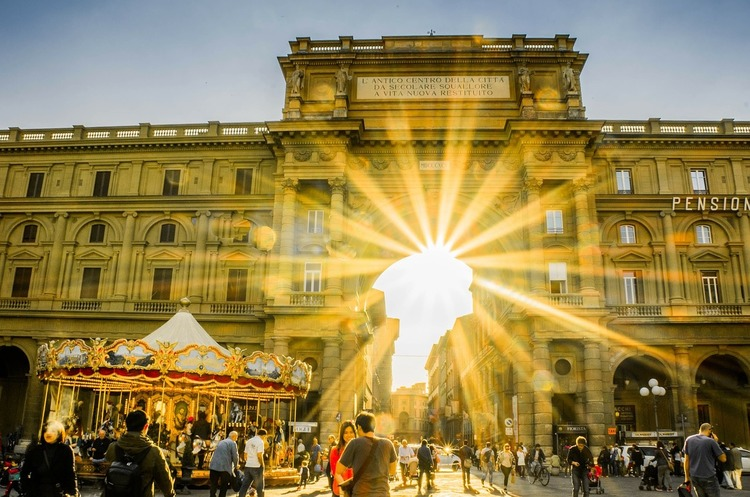 У Флоренції заборонили їсти на центральних вулицях міста