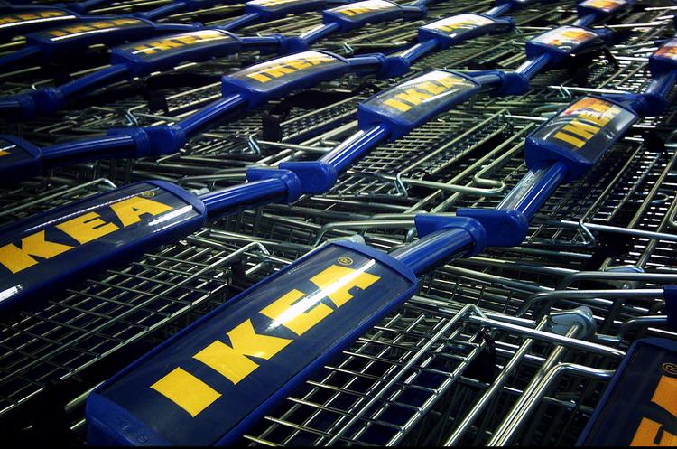 Как на украинском рынке отразится выход IKEA и H&M?