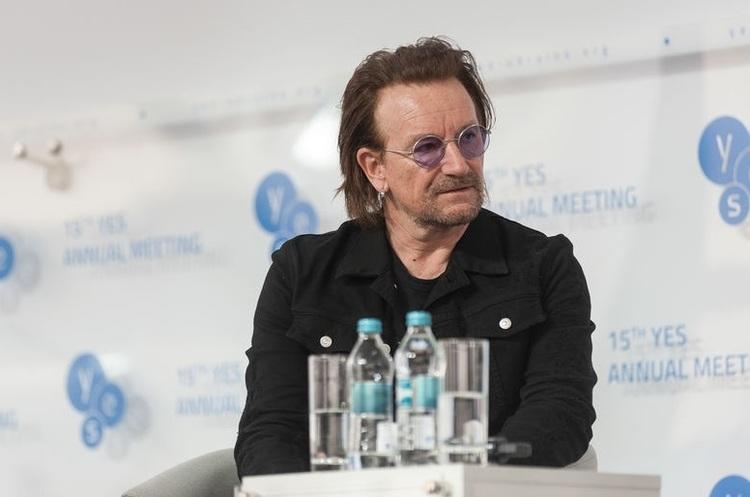 В Україну вперше завітав лідер групи U2 Боно