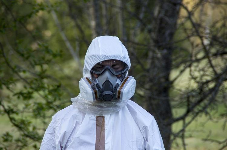 Бомби уповільненої дії: які об'єкти на Донбасі можуть повторити долю Армянська