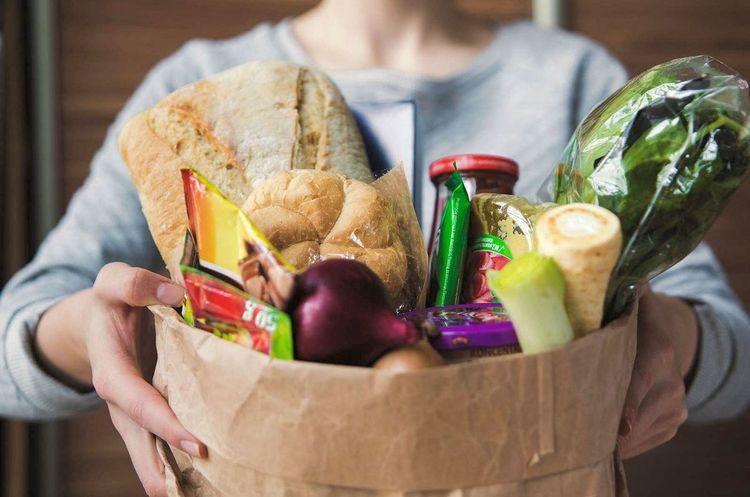 Выйти за «кирпич»: как Fozzy, Auchan и другие торгуют через интернет