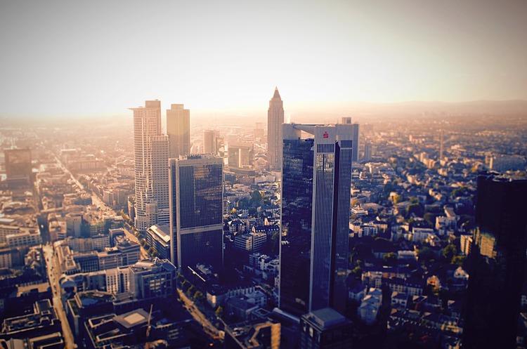Франкфурт обганяє Париж за кількістю банків, які переводять сюди головні офіси з Лондона через Brexit
