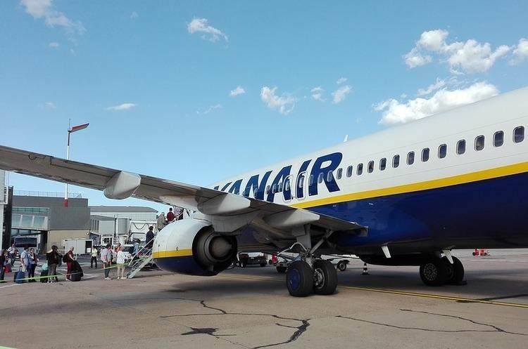 Через страйк пілотів Ryanair скасовано 250 рейсів, не змогли вилетіти 40 000 пасажирів