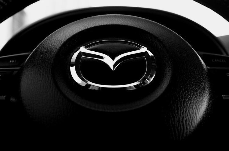 Mazda планує повністю перейти на гібриди та електрокари до 2030 року