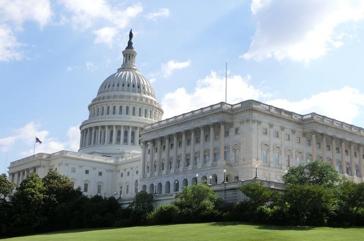 В Конгрес США внесли законопроект, який має на меті знизити енергетичну залежність Європи від Росії