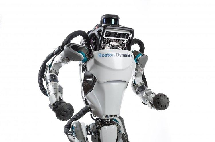 Boston Dynamics навчила свого людиноподібного робота паркуру (ВІДЕО)