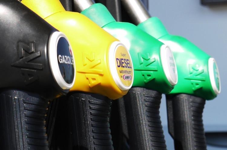 Усі країни ЄС переходять на єдину систему позначень для різних видів пального