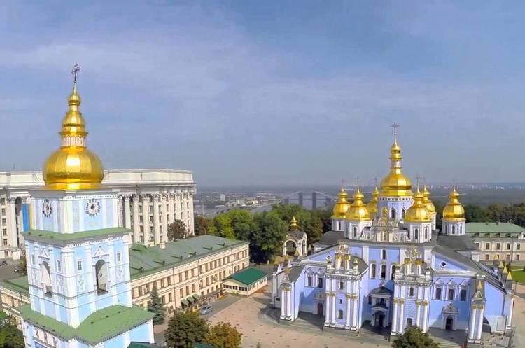 Кому дістанеться церковне майно УПЦ МП в Україні