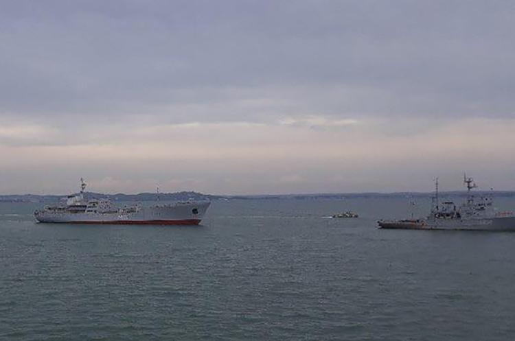 Порошенко затвердив невідкладні заходи щодо захисту національних інтересів в Чорному та Азовському морях