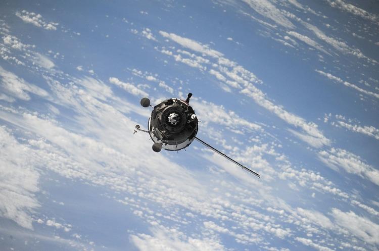 AliExpress запустила на земну орбіту супутник та космічну міні-станцію, завдяки яким користувачі зможуть отримати знижку