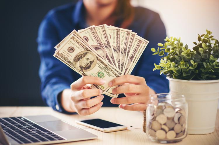 Hotline.finance і MO.Cash визнані найкращими фінтех-стартапами України