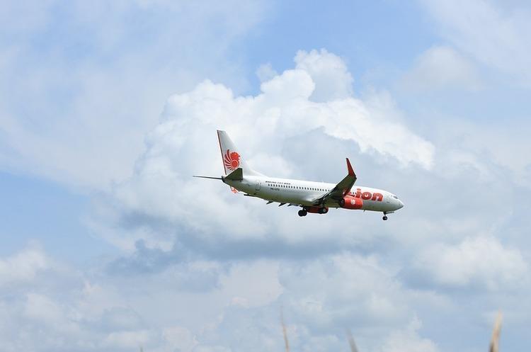 Авіакатастрофа в Індонезії: знайдено 105 тіл, рятувально-пошукові операції тривають