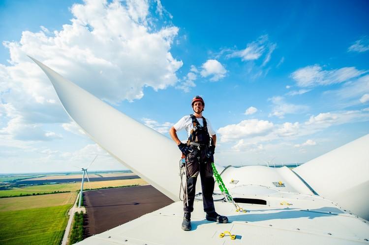 «Зелений» прорив: де в Україні чекати нових вітряків та сонячних парків