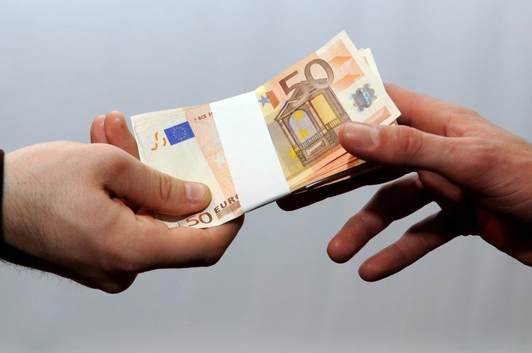 Рада ратифікувала угоду з Євросоюзом про отримання кредиту в 1 млрд євро