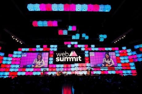 Як уряди різних країн підтримують стартапи на Web Summit